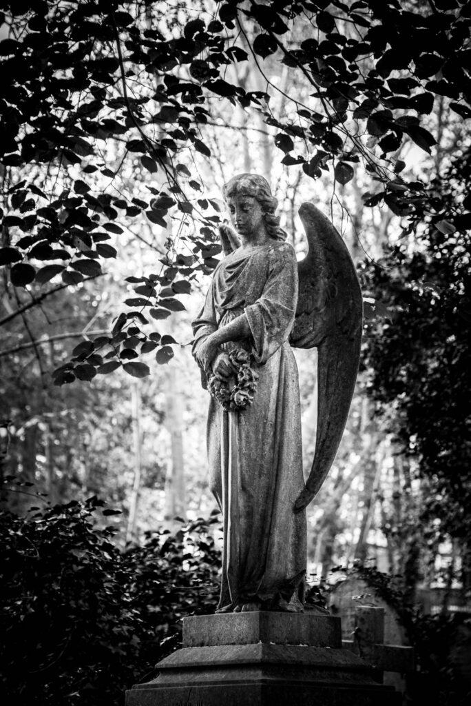 Sculpture au cimetière Highgate, Londres