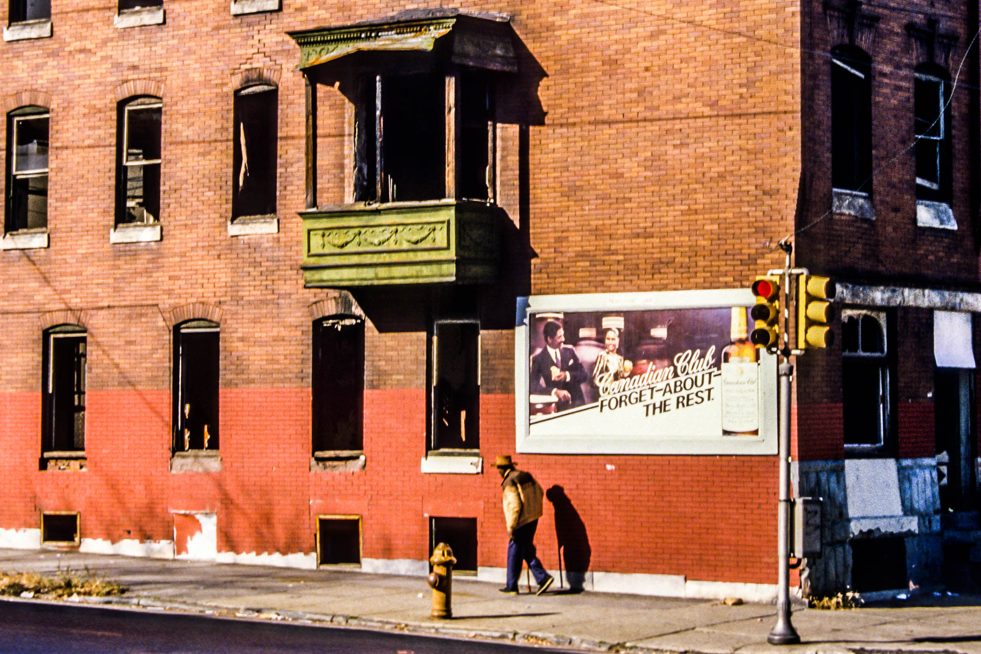 """""""Forget About the Rest in West Philadelphia"""" • """"Oubliez tout le reste à Philadelphie"""" – West Philadelphia, Pennsylvania, USA - Didier Cayrac - 1987"""